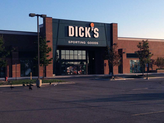 DICK'S Sporting Goods Store in Canton, MI