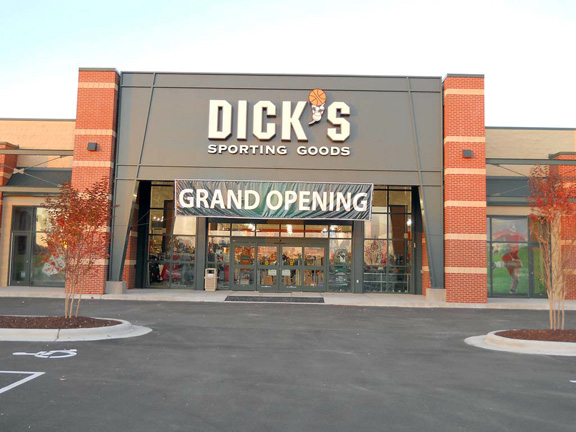 DICK'S Sporting Goods Store in Morehead, NC