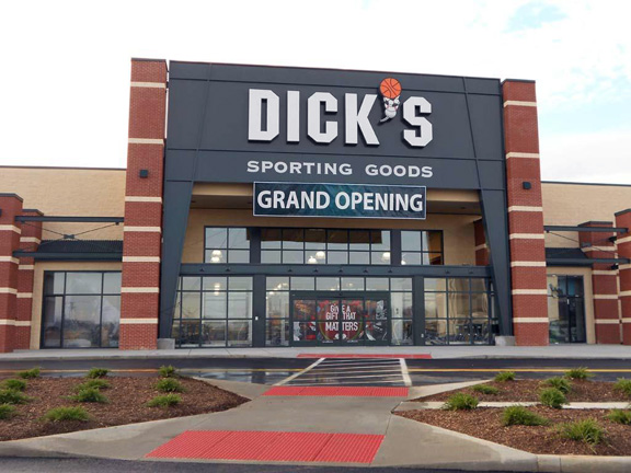 DICK'S Sporting Goods Store in Dayton, OH
