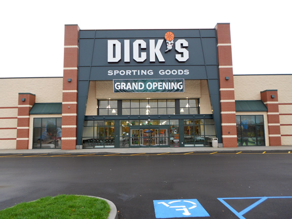 DICK'S Sporting Goods Store in Oneonta, NY