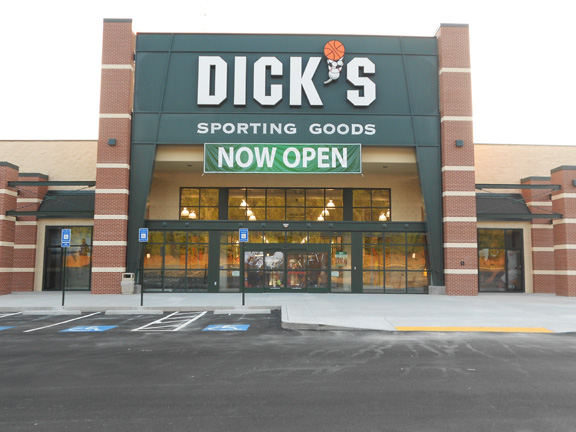 DICK'S Sporting Goods Store in Gainesville, GA