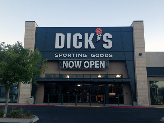DICK'S Sporting Goods Store in Palmdale, CA