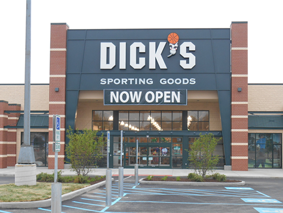 DICK'S Sporting Goods Store in Mentor, OH