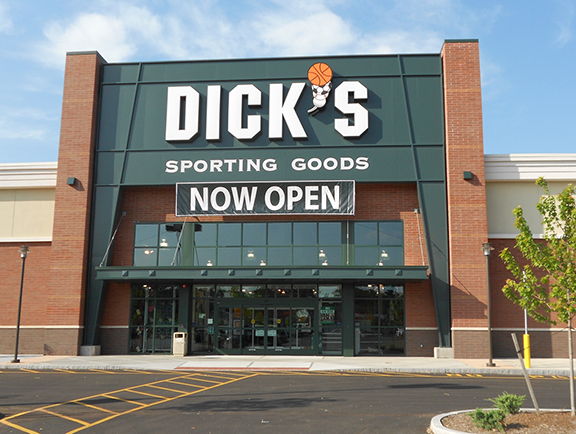 DICK'S Sporting Goods Store in Seabrook, NH