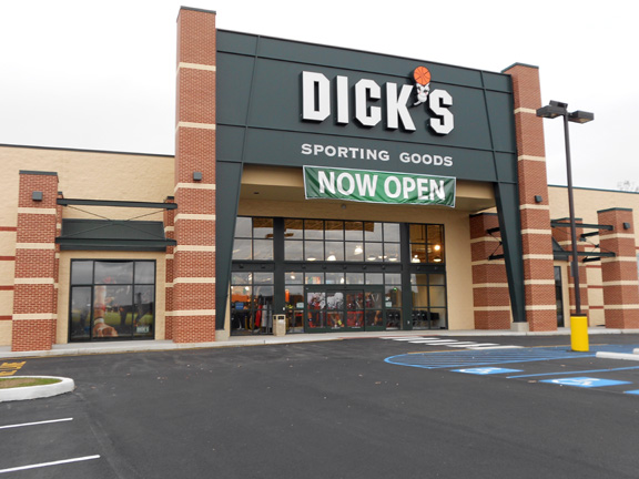 DICK'S Sporting Goods Store in Stroudsburg, PA