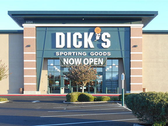 DICK'S Sporting Goods Store in Stockton, CA