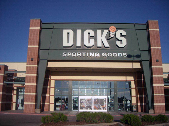 DICK'S Sporting Goods Store in Wichita, KS