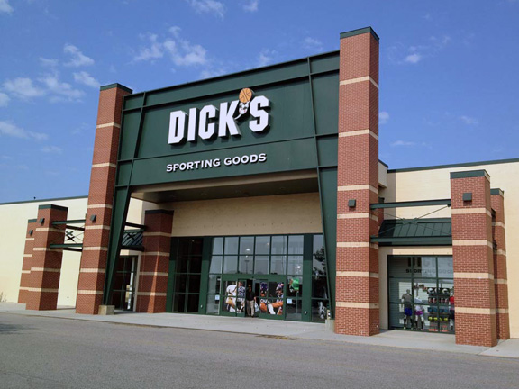 DICK'S Sporting Goods Store in Virginia Beach, VA