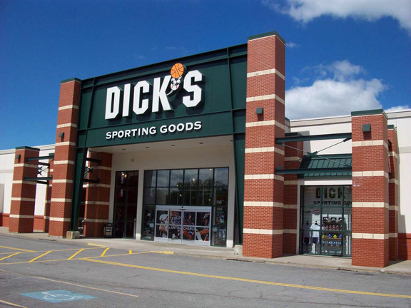 DICK'S Sporting Goods Store in Ithaca, NY