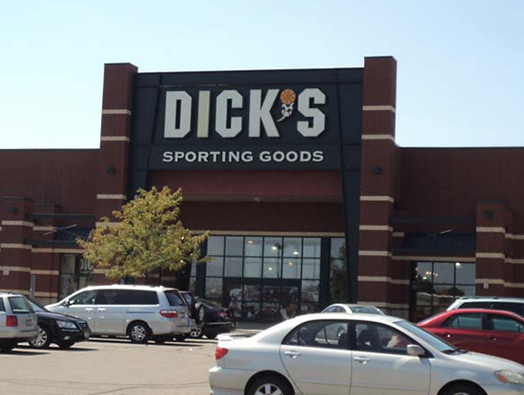 DICK'S Sporting Goods Store in Mason, OH