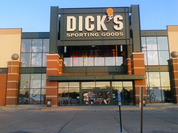 DICK'S Sporting Goods Store in Greenwood, IN