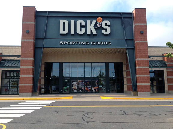 DICK'S Sporting Goods Store in Plainville, CT