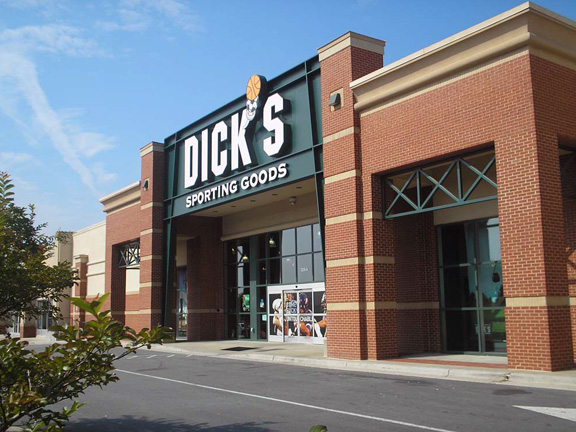DICK'S Sporting Goods Store in Greensboro, NC