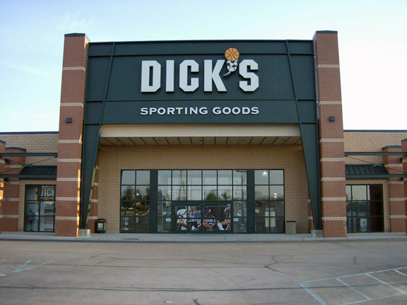DICK'S Sporting Goods Store in Fort Wayne, IN