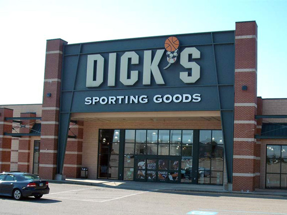 DICK'S Sporting Goods Store in Steubenville, OH