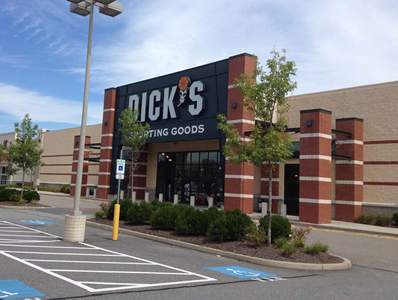 DICK'S Sporting Goods Store in Dartmouth, MA