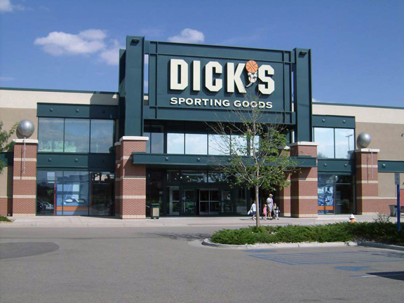 DICK'S Sporting Goods Store in Loveland, CO