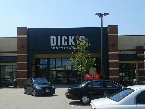 DICK'S Sporting Goods Store in Concord, NH