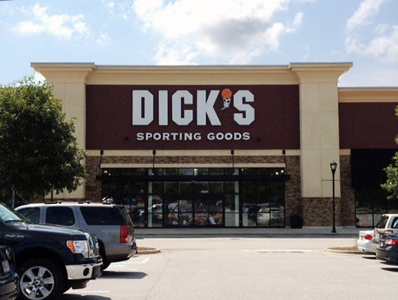 DICK'S Sporting Goods Store in Apex, NC
