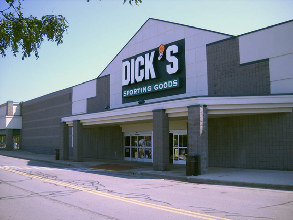 DICK'S Sporting Goods Store in Victor, NY