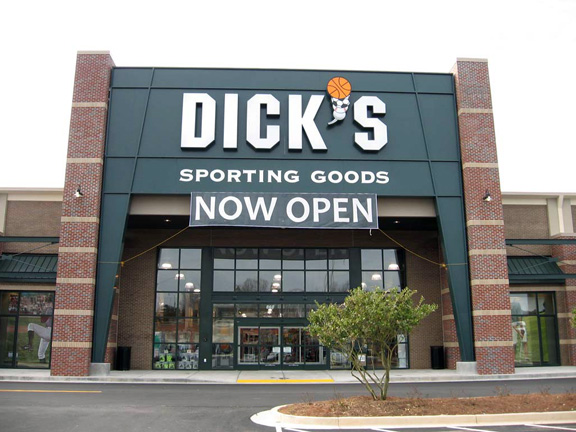 DICK'S Sporting Goods Store in Canton, GA