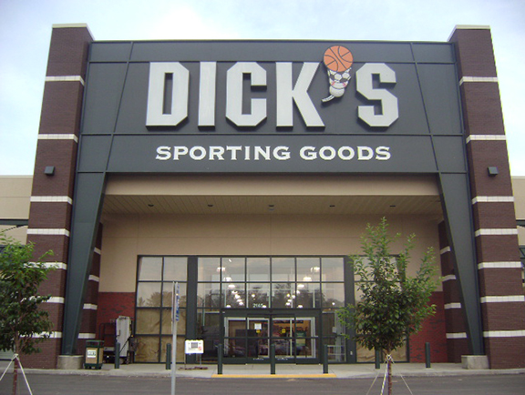 DICK'S Sporting Goods Store in Cumming, GA