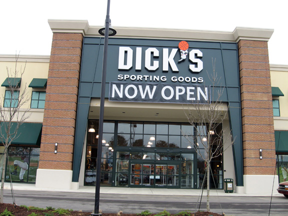 DICK'S Sporting Goods Store in Flowood, MS