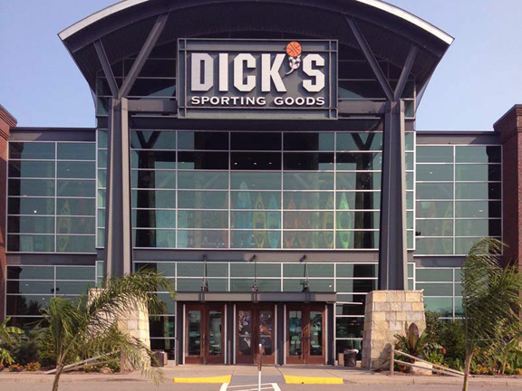 Dick S Sporting Goods Store In Rochester Ny 427
