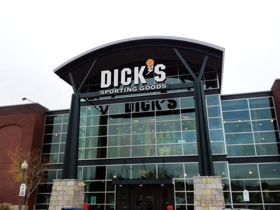 metal detectors s Dick sports store