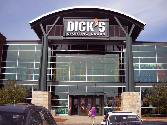 DICK'S Sporting Goods Store in Danvers, MA