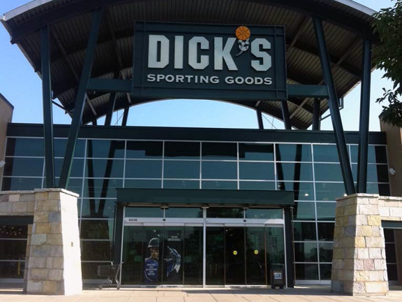 DICK'S Sporting Goods Store in Indianapolis, IN