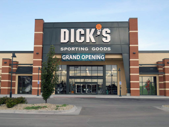 DICK'S Sporting Goods Store in Manhattan, KS