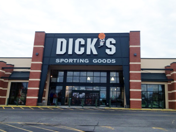 DICK'S Sporting Goods Store in Aberdeen, NC