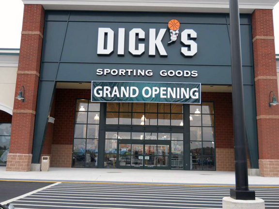 DICK'S Sporting Goods Store in West Chesterfield, VA