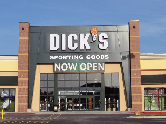 DICK'S Sporting Goods Store in Hot Springs, AR