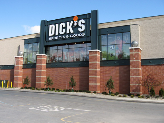 DICK'S Sporting Goods Store in Albany, NY