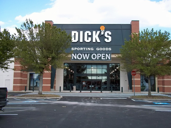DICK'S Sporting Goods Store in Orlando, FL