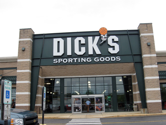 DICK'S Sporting Goods Store in Burlington Twp, NJ