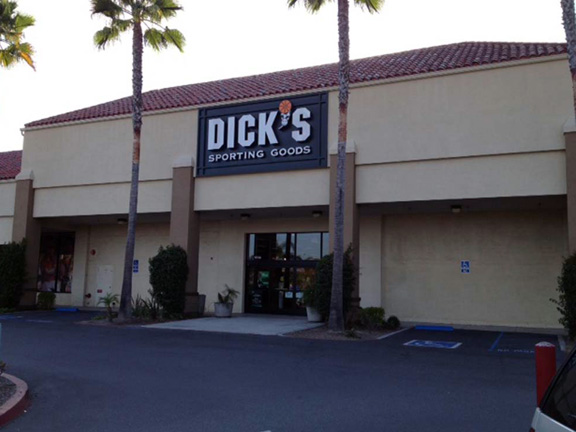 DICK'S Sporting Goods Store in Laguna Hills, CA