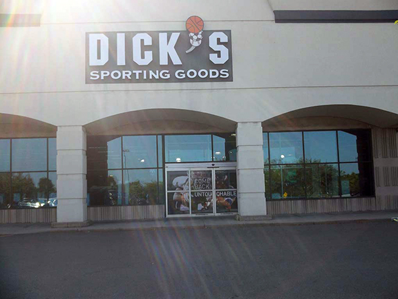 DICK'S Sporting Goods Store in Novi, MI